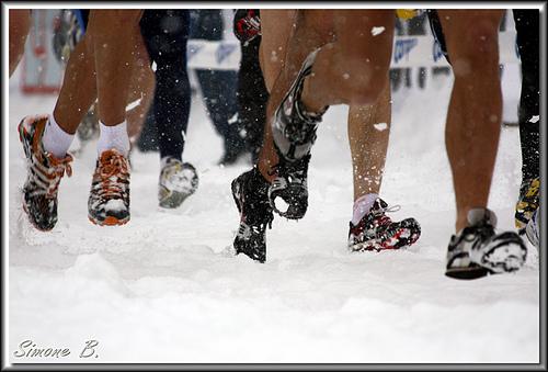 Barefoot snow running